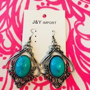 Jewelry - Brand new Western Styled Earrings
